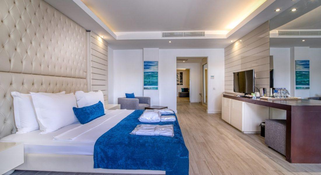 2 BEDROOM BEACH DELUXE